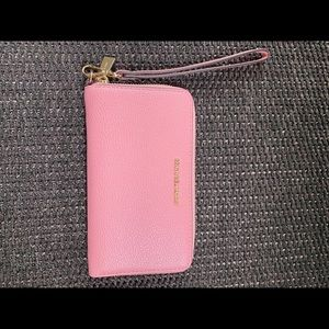 michael kors wristlet/wallet in brand new